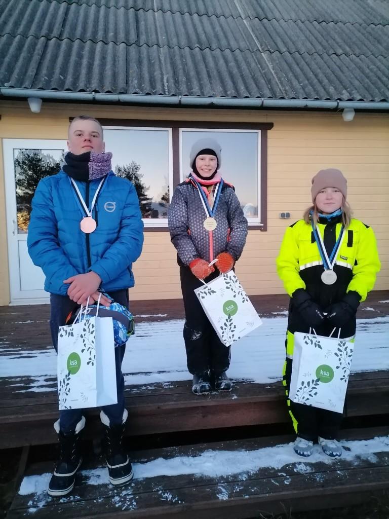Tublimad. Saaremaa Merispordi Selts