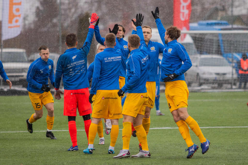 Meeskond on mänguks valmis. Kati Sokko