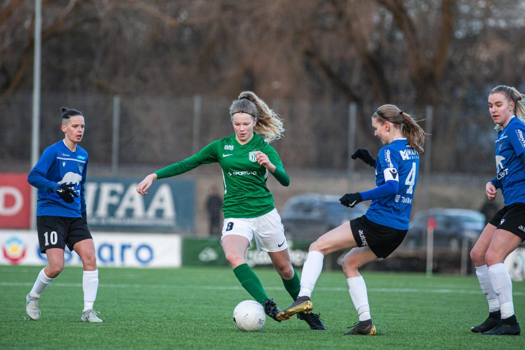 Helina Tarkmeel palliga. Jana Pipar/EJL